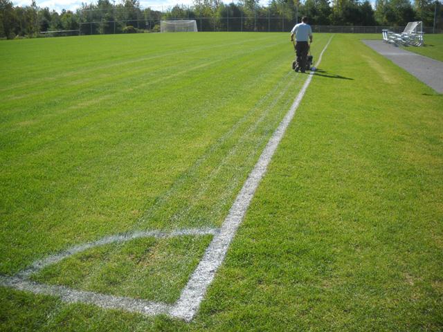 Réalisation de lignes pour terrains sportifs